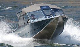 218/228 Lightning Inboard